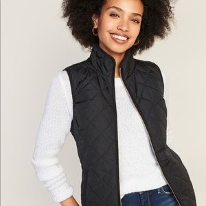 Old Navy black vest with gold zipper
